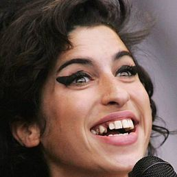 Amy Winehouse dies. So what?