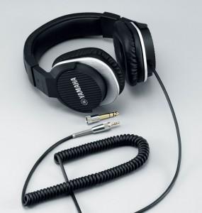 WD-Yamaha-HPH-MT220-2