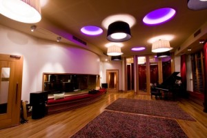 Finn Studio A-6