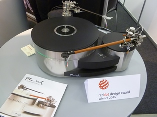 Estonian Muse 3C turntable