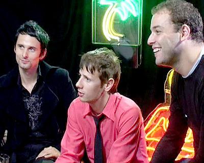 Q_Awards_2004