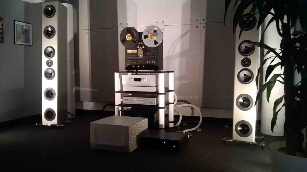 Von Schweikert set-up with reel-to-reel and Constellation amps.